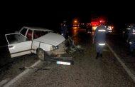 Çanakkale'de Tıra Çarpan Aracın Sürücüsü Yaralandı